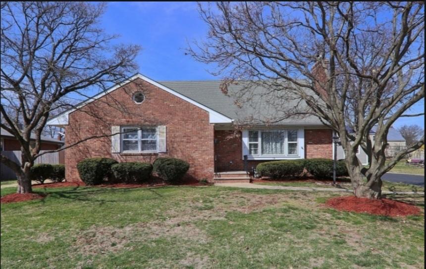 15 Pleasant Avenue, Fanwood <br /> Sold $569,000