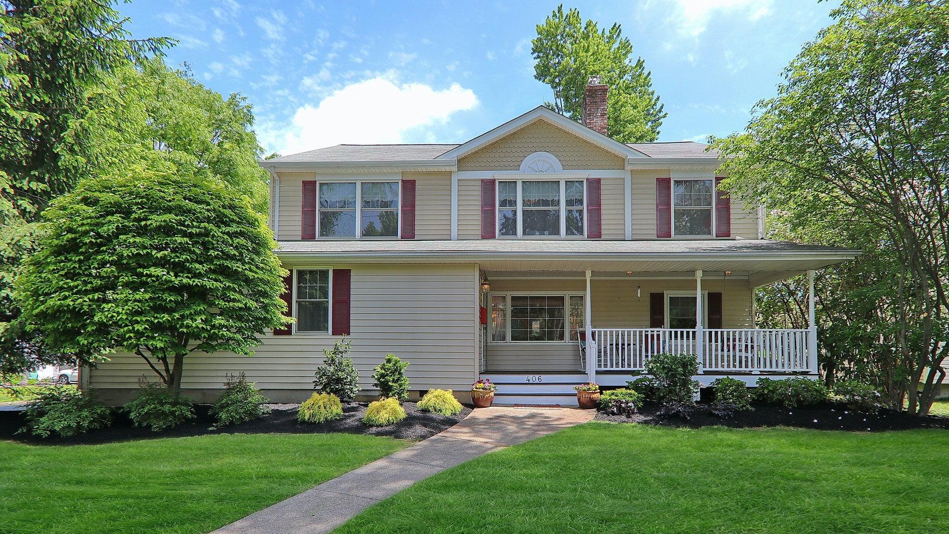 406 Claremont Place, Cranford <br /> Sold $795,000