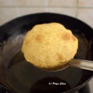 how to make fluffy poori