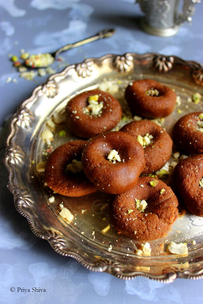 Chocolate Mawa Peda Recipe