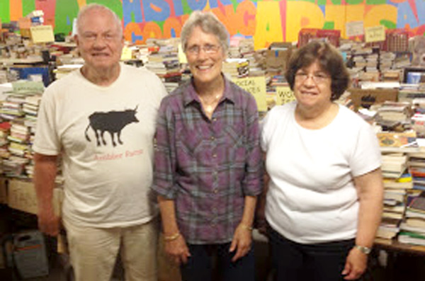 Volunteers from Wilton CT Library provided 3,000 books!