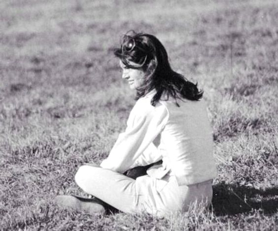 Jacqueline Kennedy Onassis The Icons Forever Chic by Meg