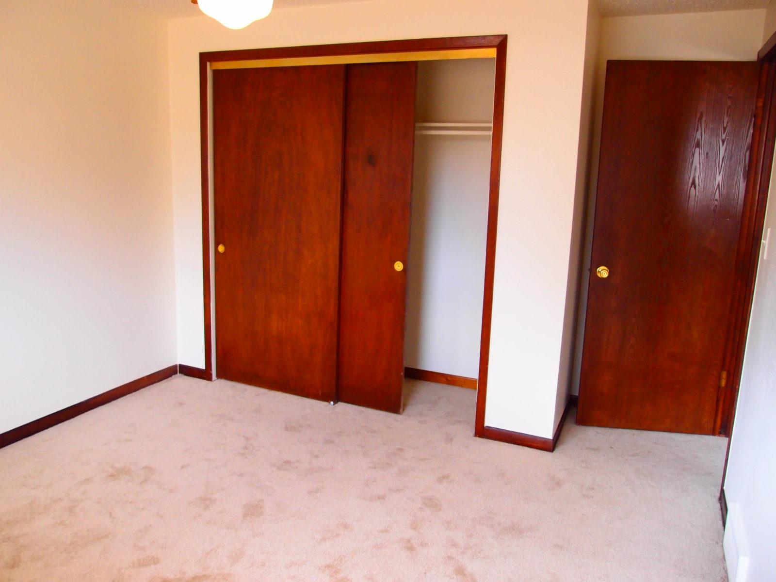 2168 Dexter Bed 1 Closet