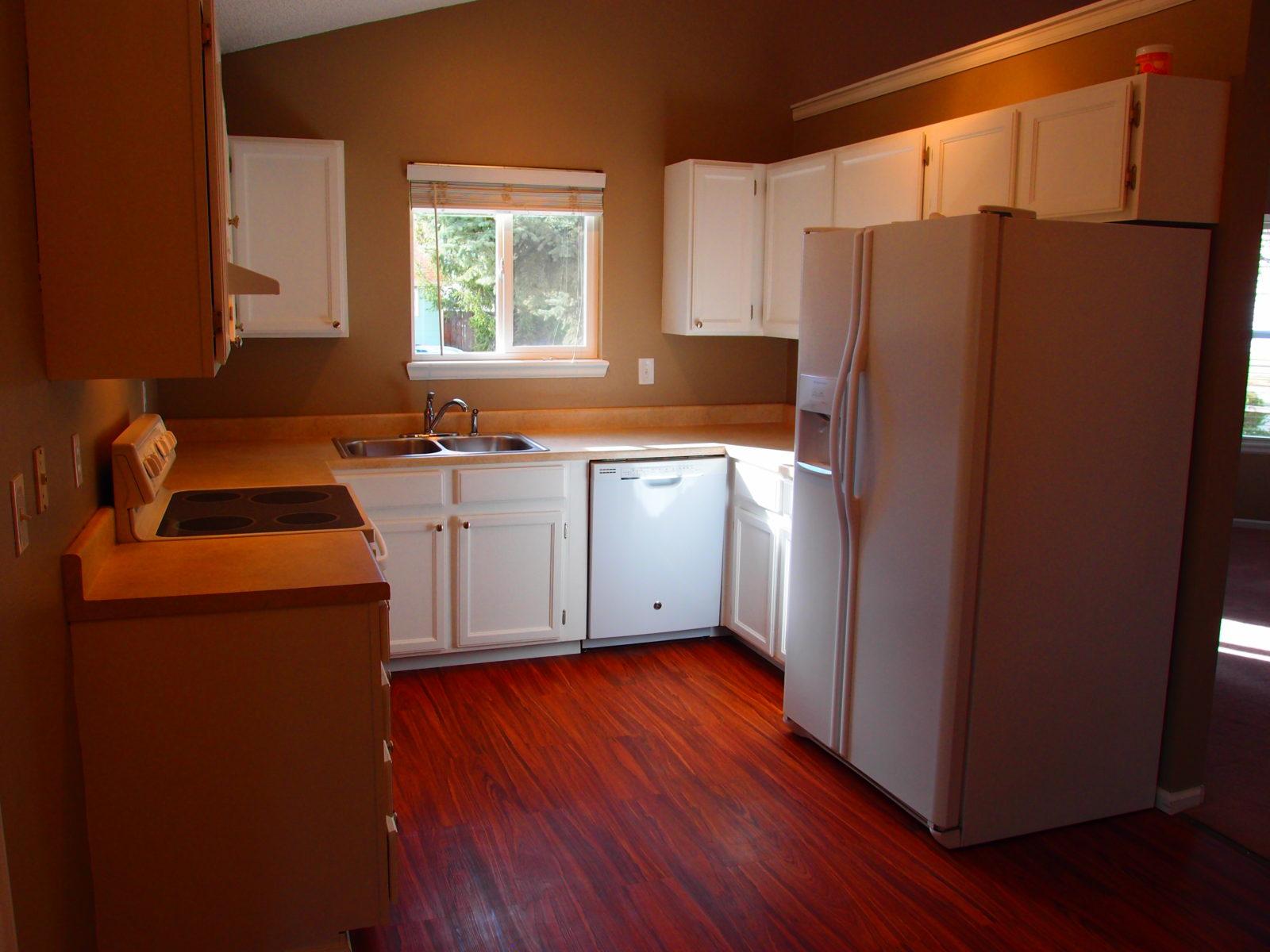 1455 Kitchen