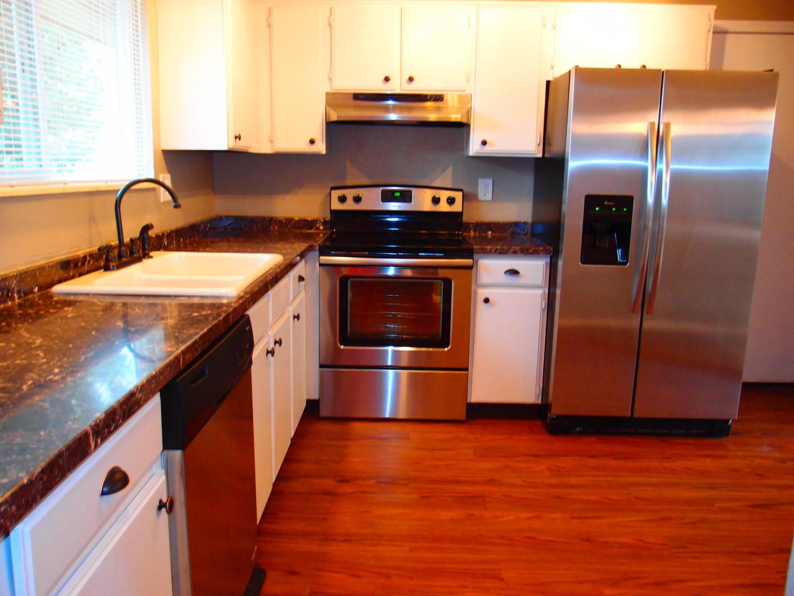 231 Kitchen 1