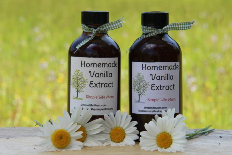 Homemade Vanilla Extract by Simple Life Mom
