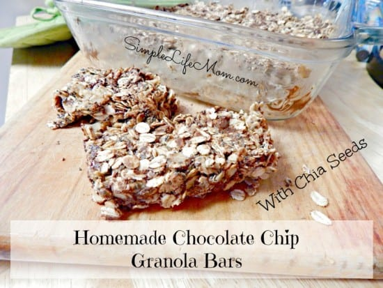 15 Simple and Healthy Breakfast Ideas - Homemade Granola Bars with Chia Seeds for added protein. Add chocolate chips and honey (if needed), peanut butter and oats and you're done! Quick and Easy Snack Idea! from @SimpleLifeMom