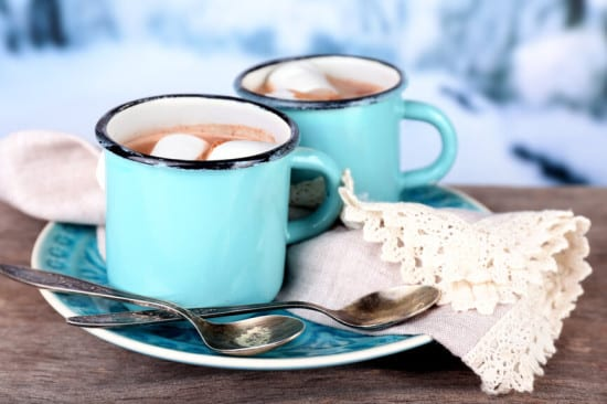 33 Homemade Gift Ideas with Essential Oils: Homemade Hot Chocolate with Essential Oils