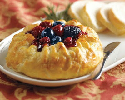 Homestead Blog Hop Feature - Triple Berry Baked Brie