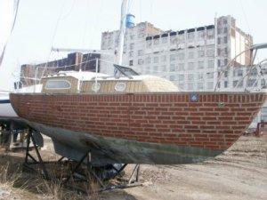 La barca fatta di mattoni