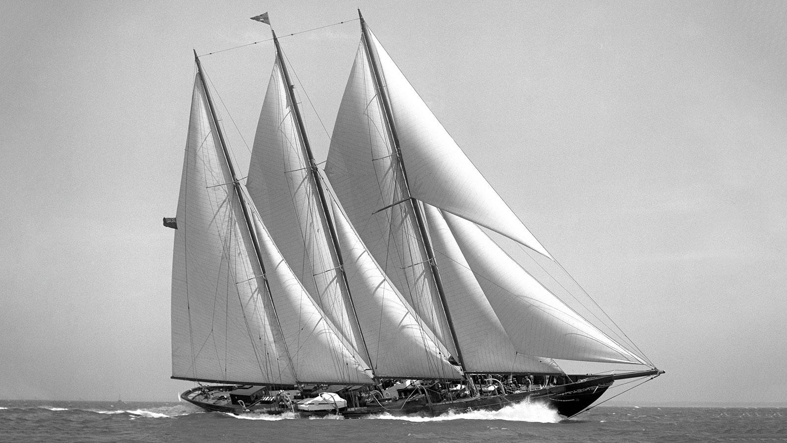 creole super-yacht-sailing-boat