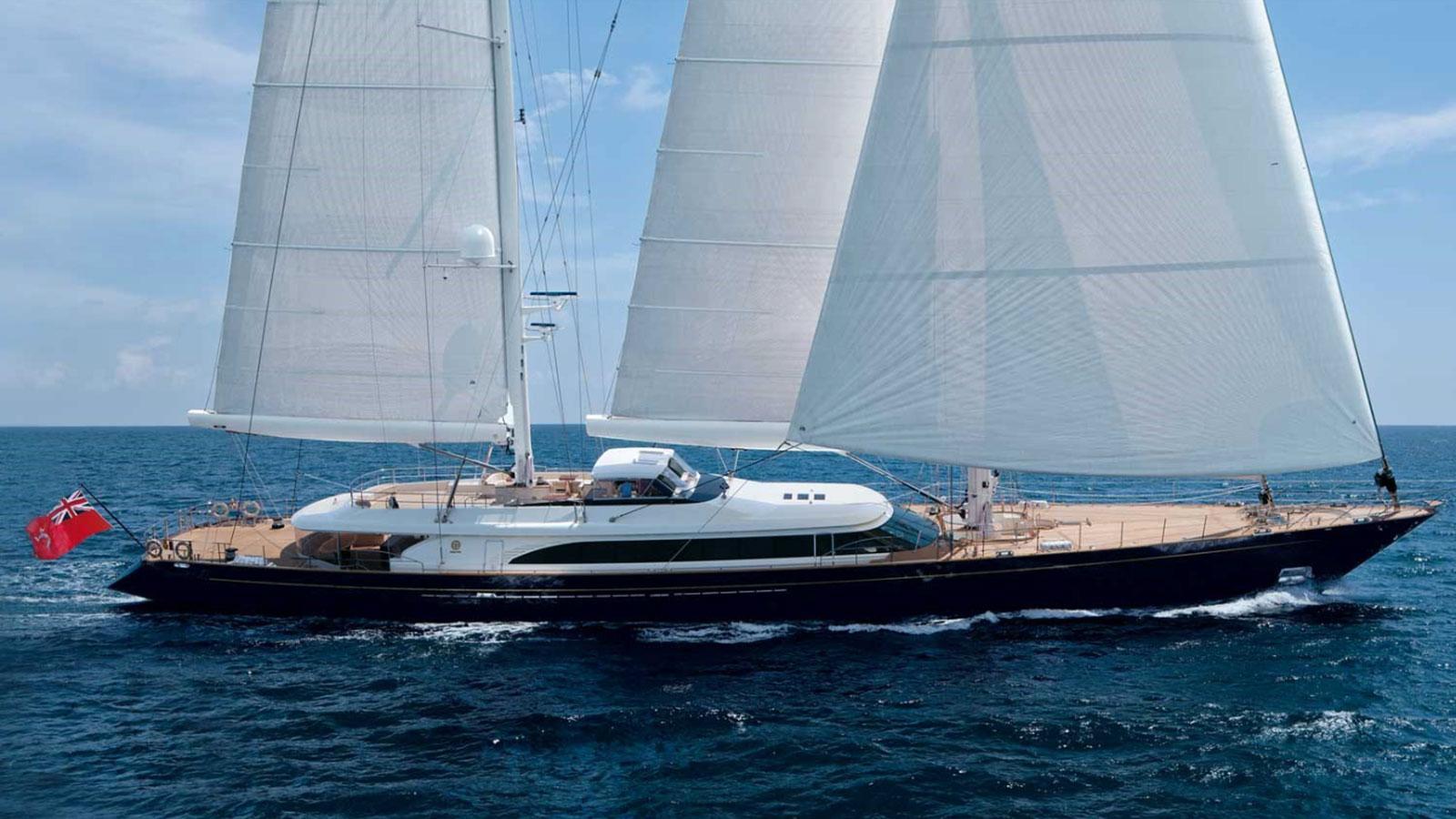 fidelis-super-yacht