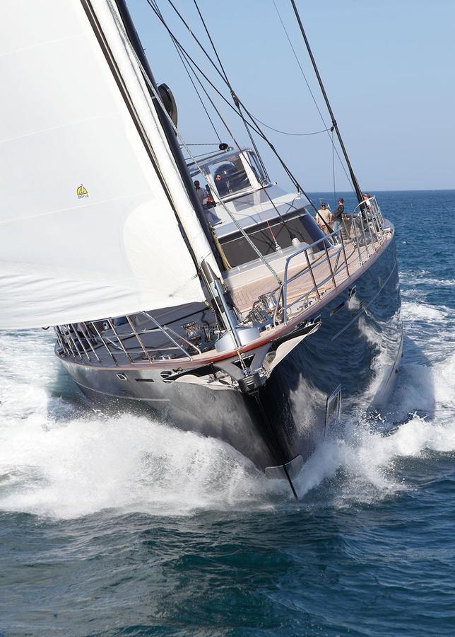 perseus-3-super-yacht-sailing-boat