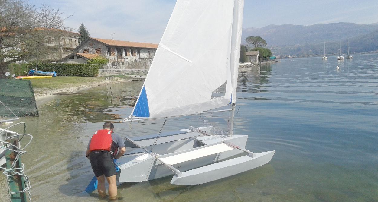 Small multihull free boat plan