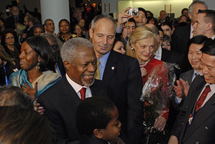 Secretary-General Kofi Annan bids farewell to staff at United Nations Staff Farewell celebration.