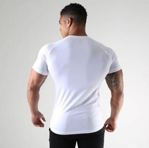 Gymshark-Size-Guide-Mens-Tops-Model-Back