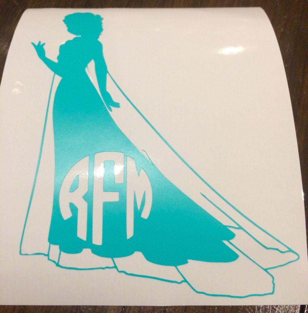Vinyl Monogram Elsa Decal - using Cricut to cut vinyl