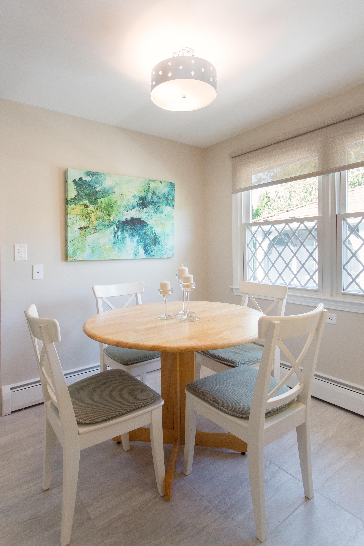 ASR, kitchen renovation, white kitchen, breakfest area