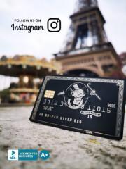 custom-black-metal-credit-card-carousel-paris-