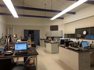 DSC03223 USGA R&T Center lab DS