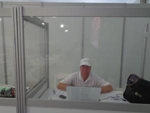 DSC05298 Rory in booth DS