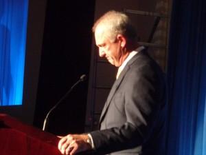 DSC05497 Jim Sobb during speech DS