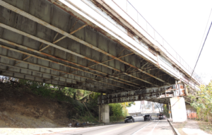 Photo of viaduct passing over Roberts Avenue.