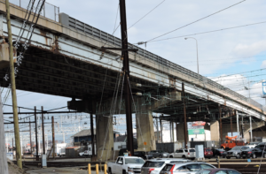 Photo of viaduct passing over SEPTA's Wayne Junction