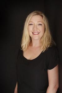 Rebecca Raisin Author Photo