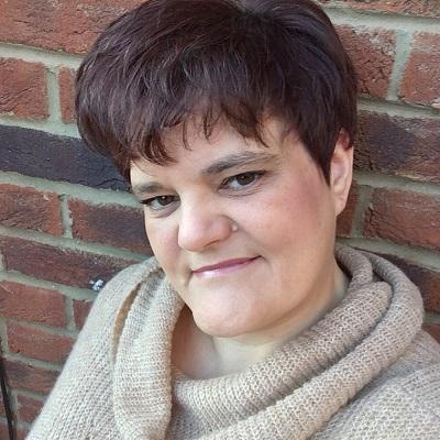 Sarah Bennett Author Photo