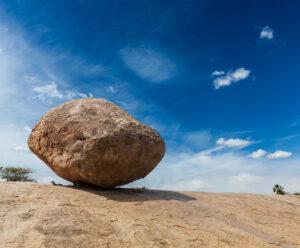 Krishna's butterball - balancing giant natural rock - Ghoomnaphirna
