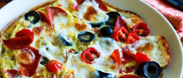 Egg-Crust Breakfast Pizza with Pepperoni and Olives