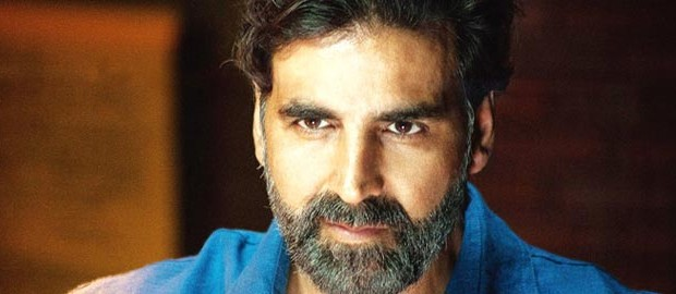 Akshay Kumar: An honour to be punched by Rajinikanth in Endhiran 2.0