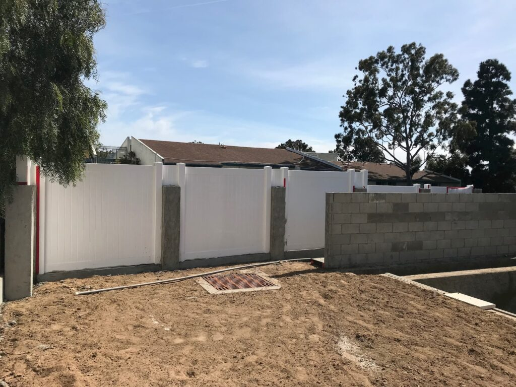 9-mistakes -when- installing -vinyl- fence