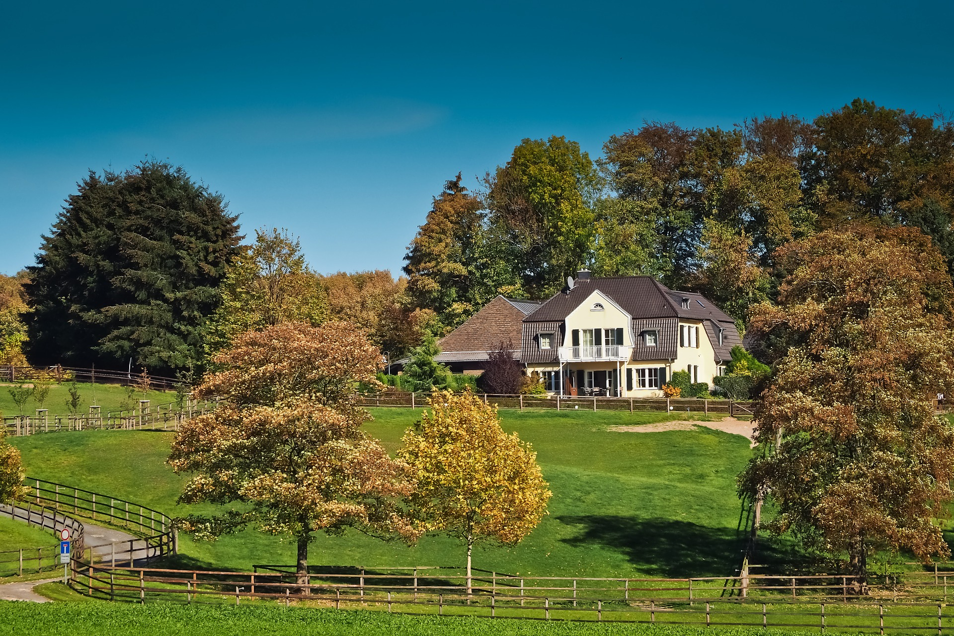 Rural Home Estate Simcoe County
