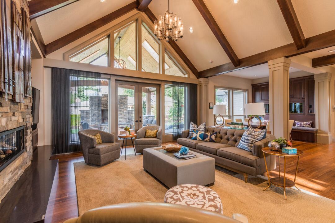 Beautiful Living Room Flip
