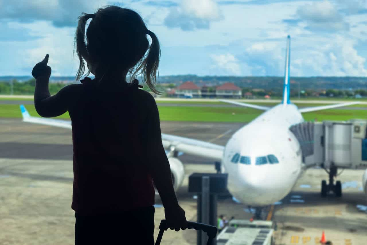 enjoy airports with kids