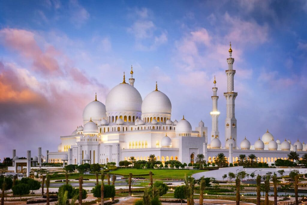 Sheikh Zayed Grand Mosque-Abu Dhabi-UAE-Must See in Abu Dhabi-Visit Abu Dhabi- Tour Abu Dhabi- Egypt&Beyond