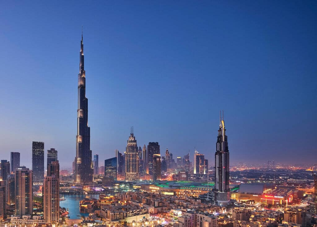 Burj Khalifa must see and visit in Dubai