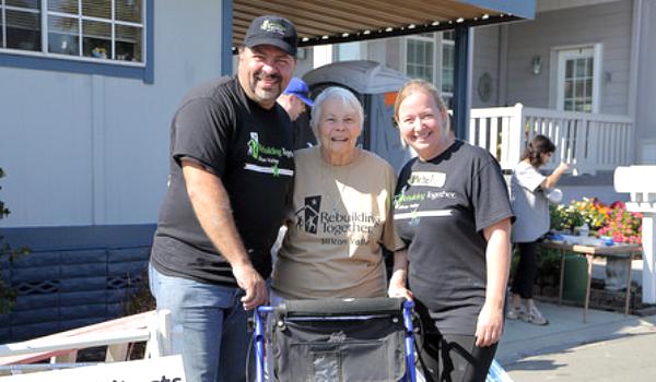 Homeowner with RTSV Volunteers