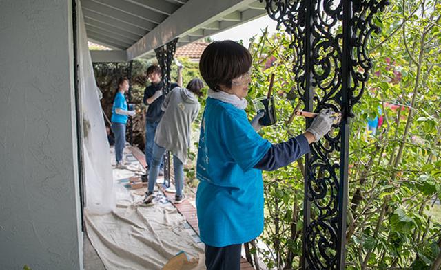 RTSV Volunteers Repairing a Home