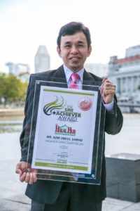 Ustaz Azmi Principal Halal Consultant, HalalHub