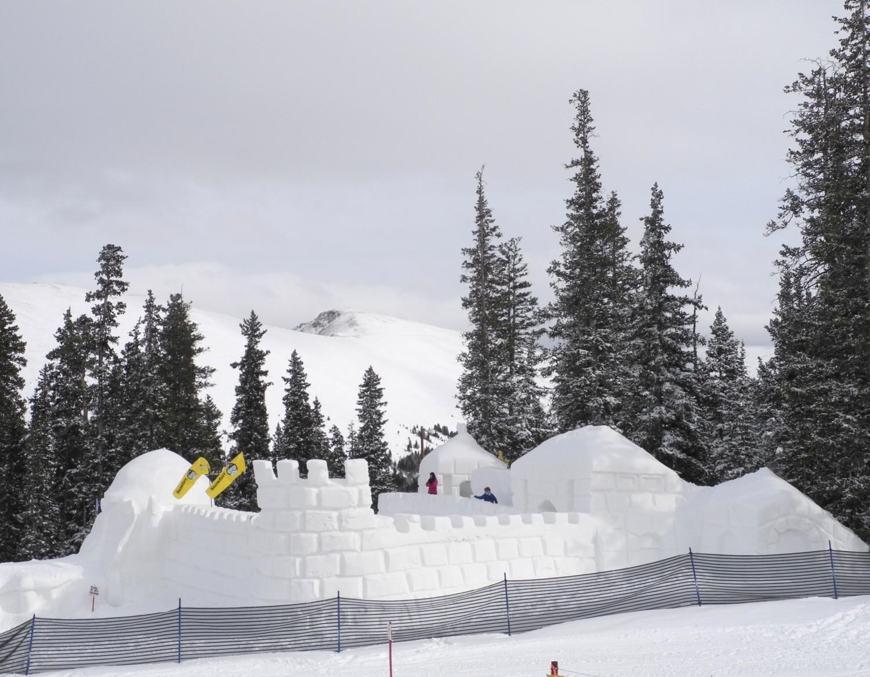 The world's largest snowfort is a hallmark of Keystone's Kidtopia festival © 2016 Karen Rubin/goingplacesfarandnear.com