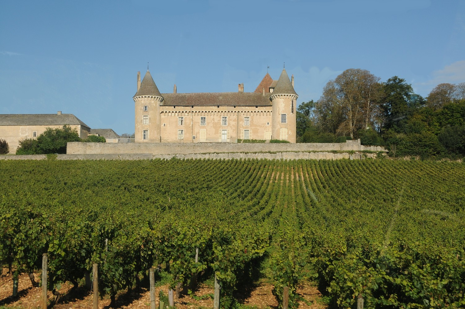 Barging through Burgundy, Day 2: Chateau de Rully