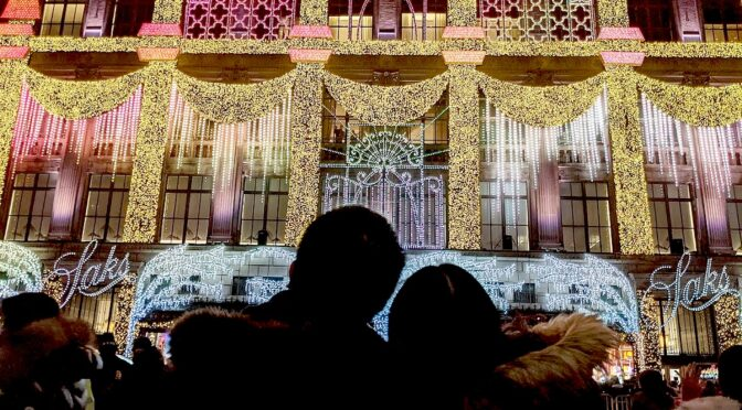 Holidays in NYC in Photos: Glad Tidings of Comfort and Joy