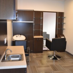 Couture Salon Studio - Double Studio & Shampoo