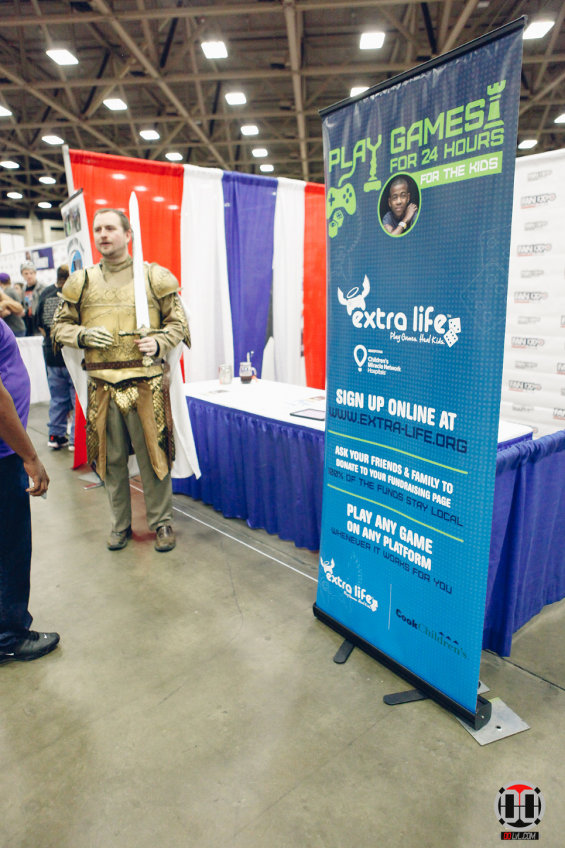 Fan-Expo-Dallas-17-2-12