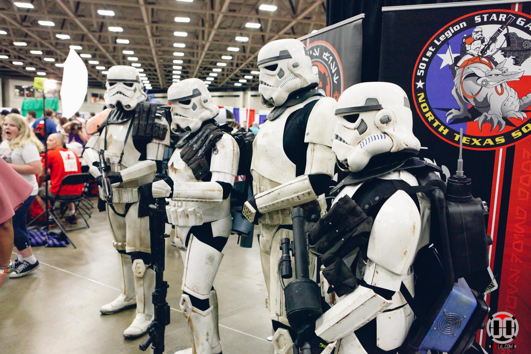 Fan-Expo-Dallas-17-2-2