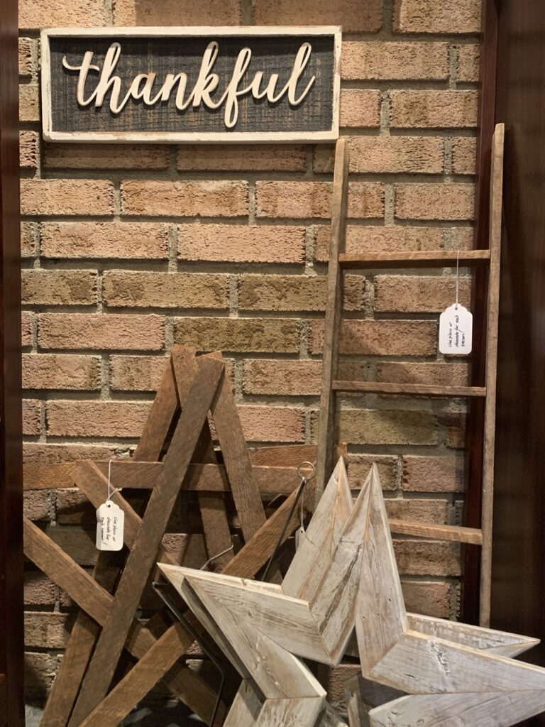 Thankful Wood Sign Wooden Stars and Ladder
