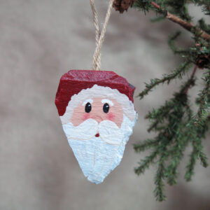 hand painted slate santa ornament 2